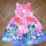 Красивое платье на 128-134