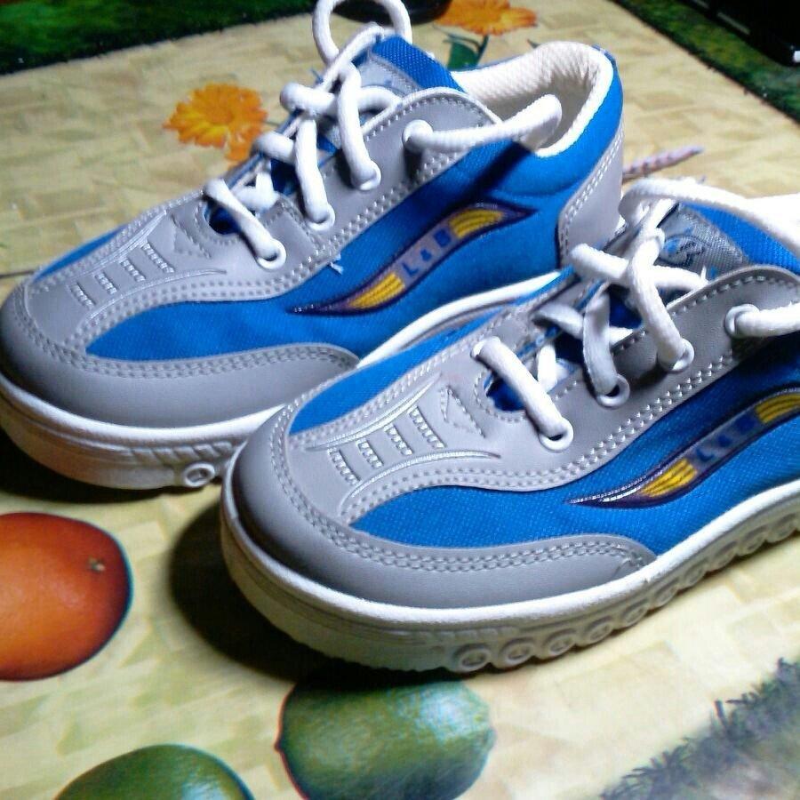 Детские кроссовки  200 грн - детская обувь в Одессе, объявление №13975914  Клубок (ранее Клумба) a460a61a276