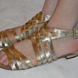 Босоніжки сандалі bank розмір 39 40, босоножки сандали