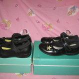 Туфли Clarks Англия оригинал 29-30 размер по стельке 19-19,5см.с мигалками. Кожаные. В отличном сос