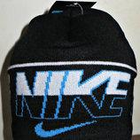Шапка Nike на флисе черная с большой надписью полу-шерсть.