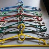 Вешалки для одежды
