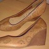 Шикарные туфли из перфорированной кожи, 25,5 см