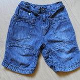 Крутые джинсовые шортики Next на 4-6 лет