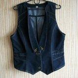 Стильная джинсовая жилетка 3033