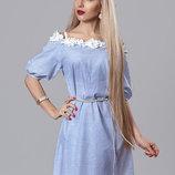 Летнее платье в полоску с кружевом