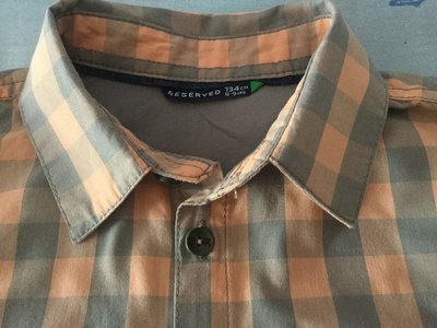 Стильная рубашка Reserved в клетку очень необычное сочетание цветов 134 на 8-9 лет
