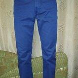 Стильные котоновые брюки 48 размера Pierre Cardin