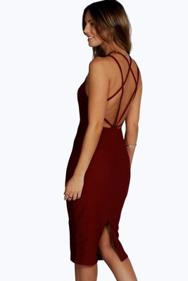 Ягодное платье футляр миди с шнуровкой переплетом на спине