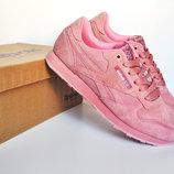 Кроссовки женские Reebok Classics Pink, замша