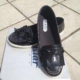 Очень удобные лаковые туфельки на низком ходу, 36, 37, 40 рр, маломерки, 23,0-25,0 см.