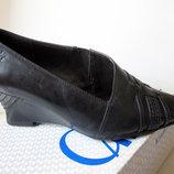 Женские туфли фирмы Caprice