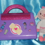 чемодан с аксессуарами доктора Плюшевой Doc McStuffins Disney Сша оригинал клеймо