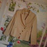 модный,стильный пиджак,жакет -косуха цвет кремовый р 38