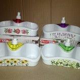 Дозатор для жидкого мыла с полочками, подставка под жидкое мыло с карманами