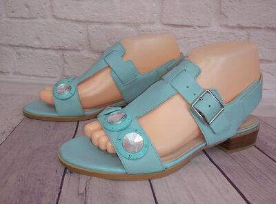 Новые стильные кожаные босоножки Clarks Narrative Англия , размер 38 5 25 см