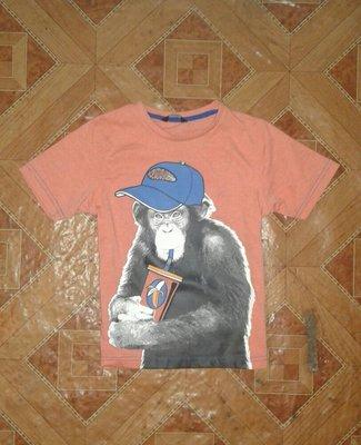 Фірмова футболка George у відмінному стані