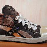 Высокие кроссовки, кеды Reebok. 39 - 40 размер, стелька 25 см. Оригинал