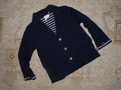 классный трикотажный пиджак