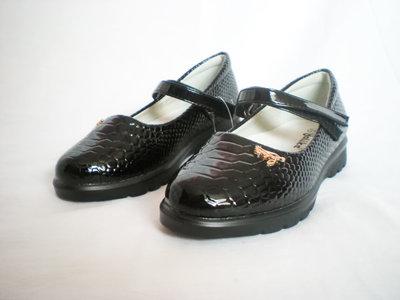 Туфельки для маленьких школьниц 28-32р.