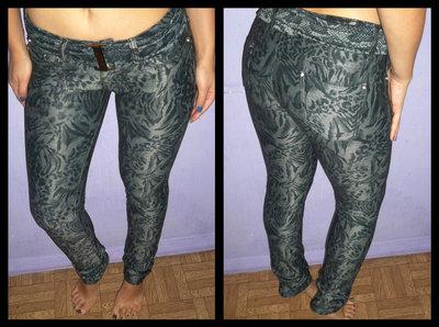 Фирменные штаны APPLAUSE с принтом