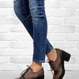 39 размер. Шикарные туфли. полуботинки ботильоны