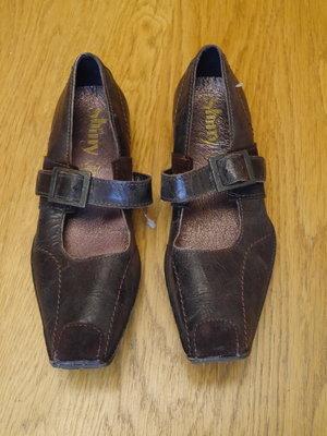 Туфлі шкіряні розмір 36 стелька 24 см Shiny