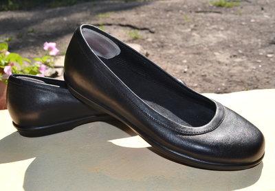 Кожаные туфли CROCS 23см