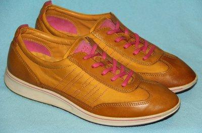 Кроссовки, туфли ECCO р.38 - 39 стелька 25 см