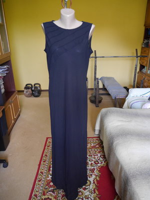 Плаття чорне довге в пол на 12 євро розмір Linea