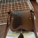 Оригинальная сумочка под кожу питона с кисточкой В Наличии