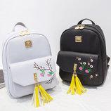 Городской рюкзак с кисточками и цветами для модных девушек В Наличии
