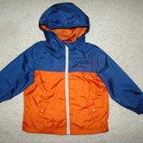 Очень красивая куртка ветровка TU на 1-1,5 года