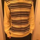 Мужской теплый пуловер 80 процентов шерсти в отличном состоянии