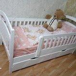 Детская кроватка Карина с бортиками с ящиками в белом в наличии