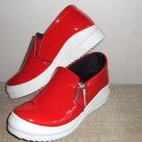Красивейшие Красные Туфельки-Мокасины-Слипоны-Лак
