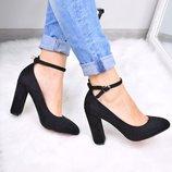 Женские черные замшевые туфли с ремешком