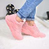 Женские розовые кроссовки Nike Huarache