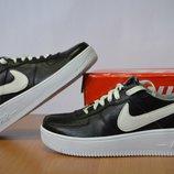 черные кроссовки Nike Force