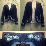 Пиджак джинсовый с вышивкой