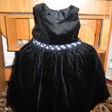нарядное красивенное платье 9-12 мес