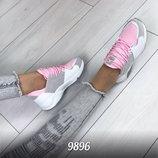 Женские стильные кроссовки для спорта