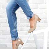 Туфли Perfect кожаная стелька женские бежевые на широком каблуке лакированные 41 размер