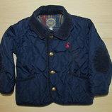 класна стьогана куртка на 6-9міс