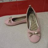Красивые туфли, балетки д/дев. р. 34 1 Jones,