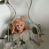 Коллекционная винтажная кукла фарфор фарфоровая куколка на качели