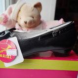 Туфли черные для девочки, новые, р. 31,32,33,34
