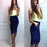 Бархатная синяя юбка карандаш