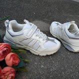 Новые белые кроссовки Geox Bernie. разм.29. Оригинал