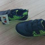 Кроссовки для мальчика с мигалками р 26-31
